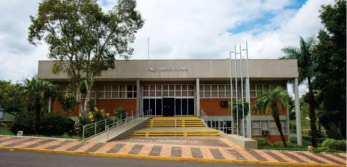 Nelita sanciona reforma administrativa na Prefeitura de Iracemápolis