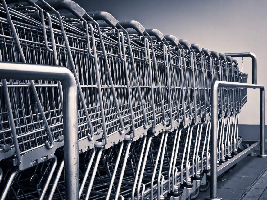 Cordeirópolis aprova lei que obriga higienização de carrinho de supermercado