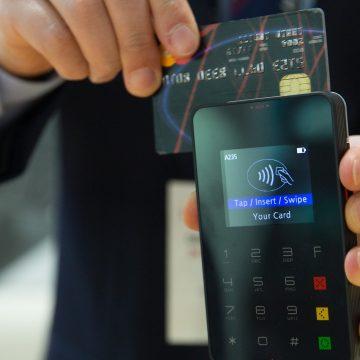 Projeto quer permitir pagamento de débitos municipais por meio de cartão em Limeira