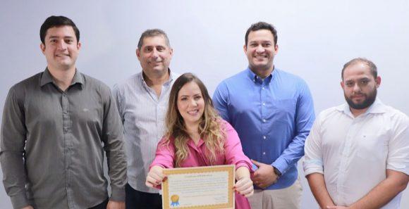 Equipe de neuroradiologia do Sistema Hapvida tem artigo científico condecorado por revista científica