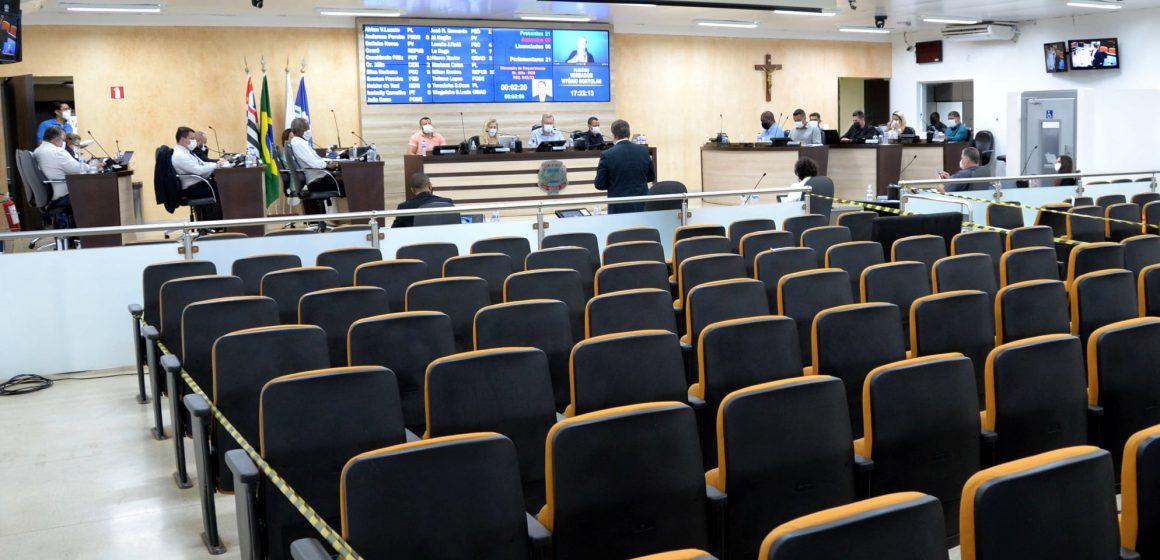 Parte dos vereadores de Limeira quer mudar horário das sessões