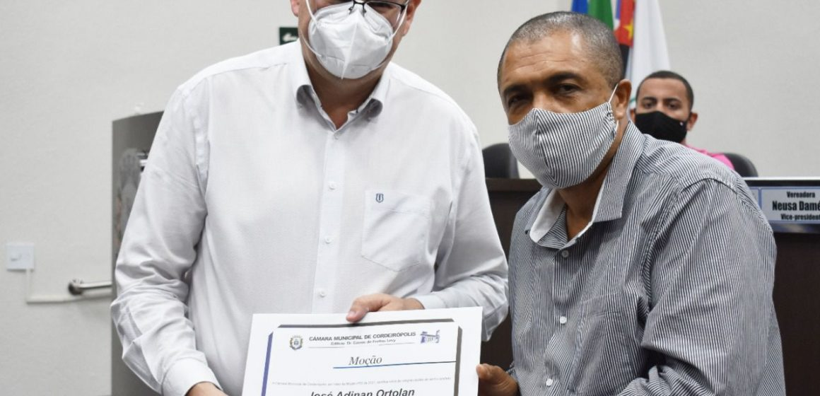 Câmara entrega moção a Adinan por ações na pandemia em Cordeirópolis