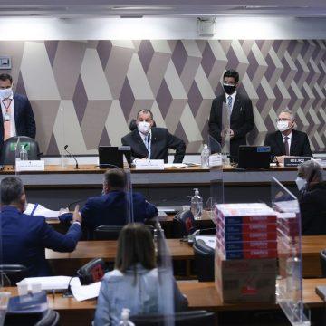 CPI da Pandemia pede indiciamento de Bolsonaro, 4 ministros e de outros 63