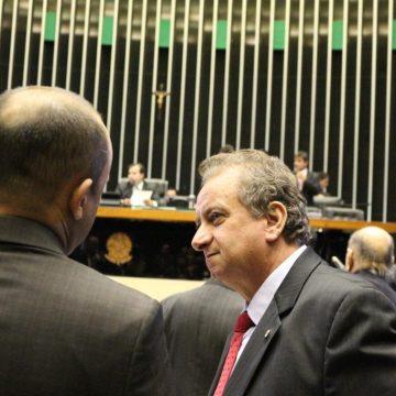 Miguel se abstém em votação de proposta que mudava Conselho do MP; PEC foi rejeitada